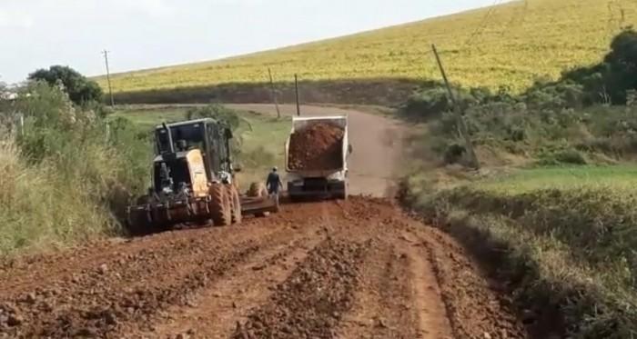 Estradas das Linhas Ervalzinho, Bela Vista e Serra São José recebem melhorias