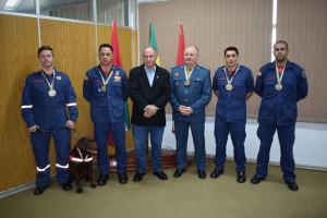 Prefeitura entrega medalha de Honra ao Mérito a Bombeiros que atuaram na tragédia de Brumadinho