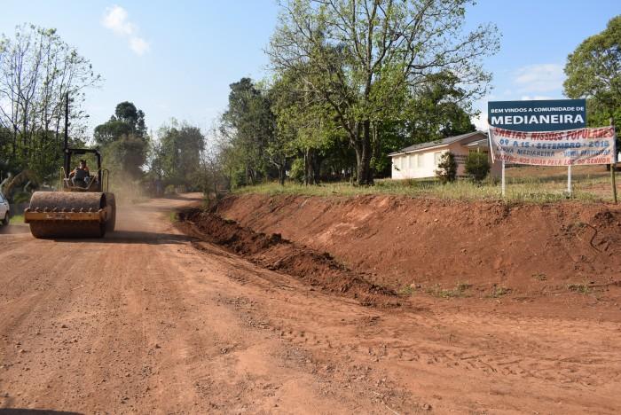 Melhorias das estradas continuam como prioridade da Secretaria de Obras