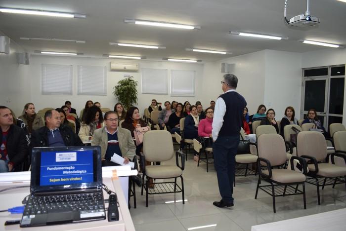 Servidores participam de capacitação do Sebrae, pelo Projeto Cidade Empreendedora