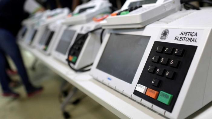 No primeiro turno, 2,4 mil urnas tiveram que ser trocadas, informa TSE