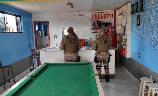 Operação da Polícia Militar apreende 22 mil carteiras de cigarro em Santa Catarina