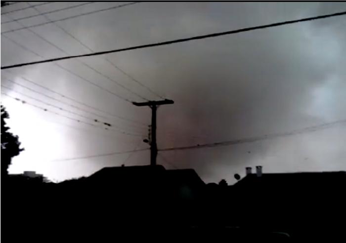 Tornado causa destruição e morte em Xanxerê (SC)